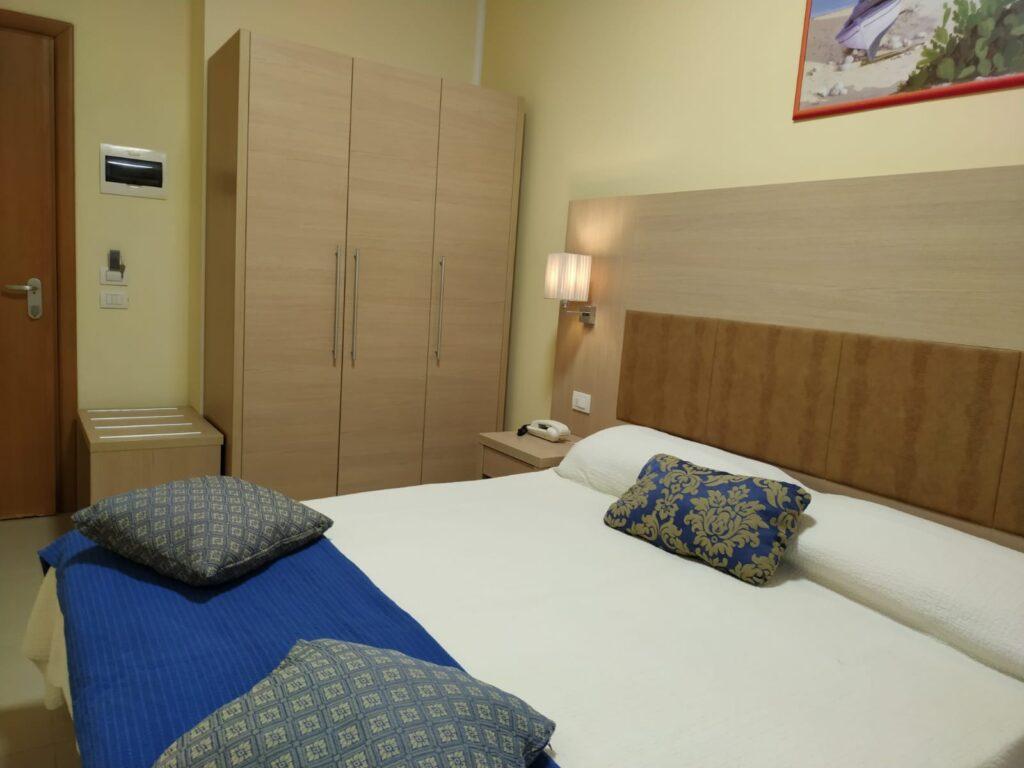 Hotel Cuba Rimini - Camera Superior 01