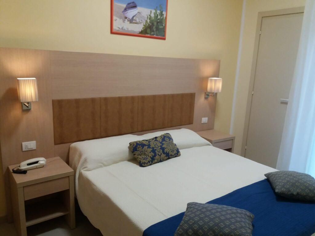 Hotel Cuba Rimini - Camera Superior 02